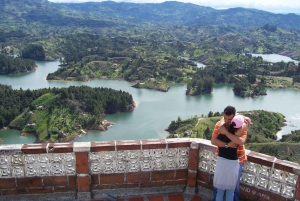 Guatapé, Piedra del Peñol and Boat Tour from Medellín