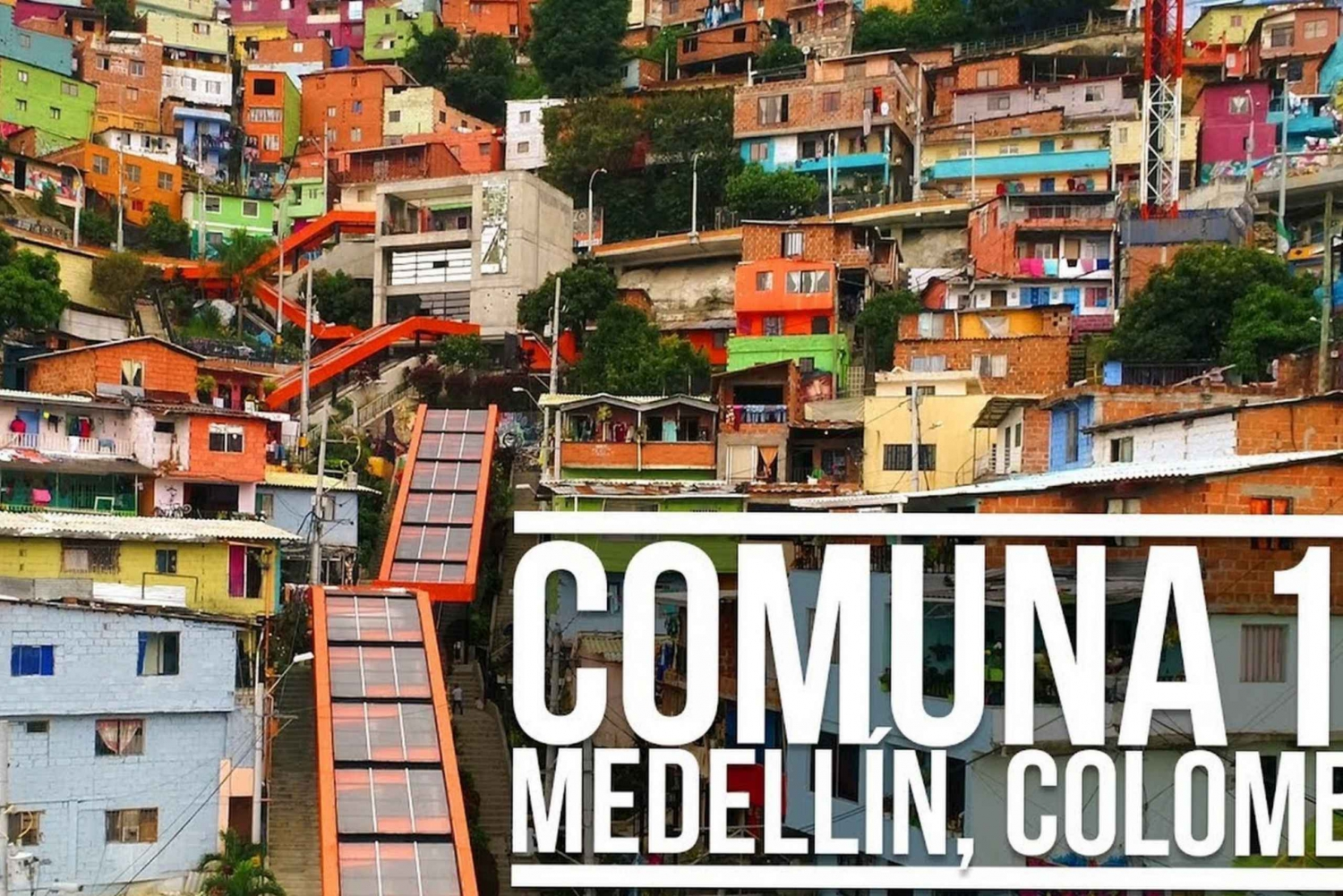 Medellín: Commune 13 Tour with Metrocable Ticket