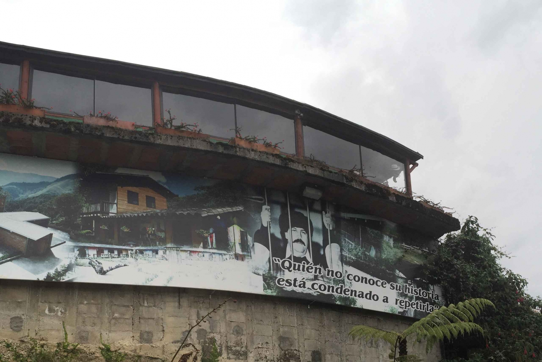 Medellín: Pablo Escobar Private Tour