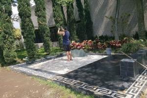 Medellín: Private Pablo Escobar and City Tour