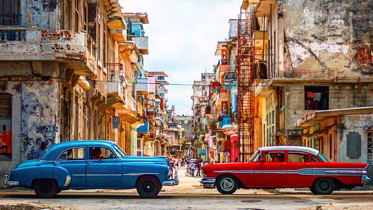 How to travel around Cuba