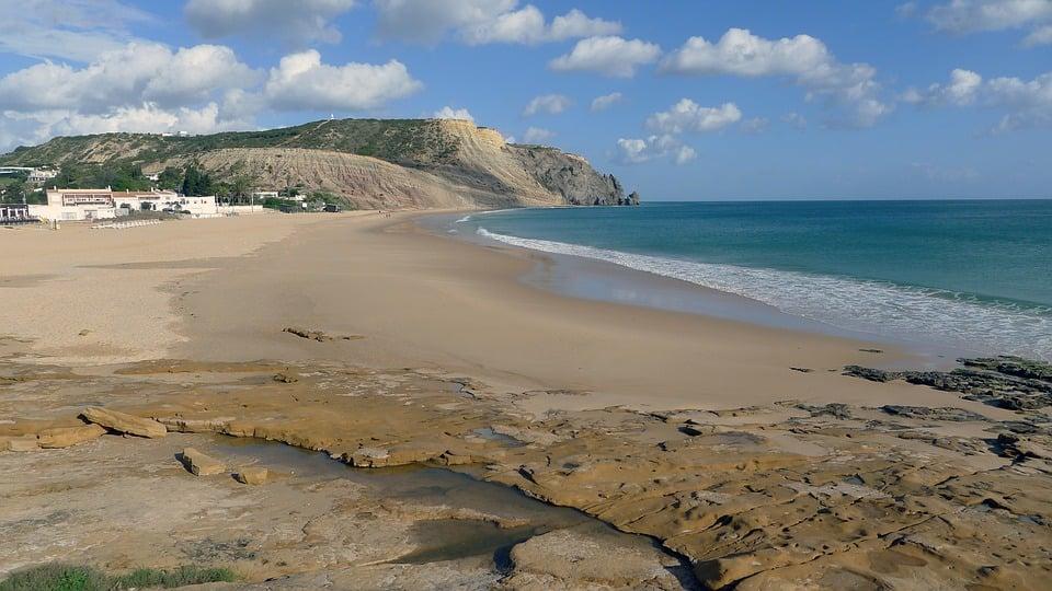 289466ebf Praia da Luz Beach