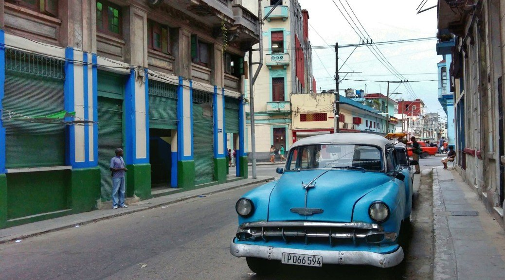 Tips for traveling backpack by Cuba