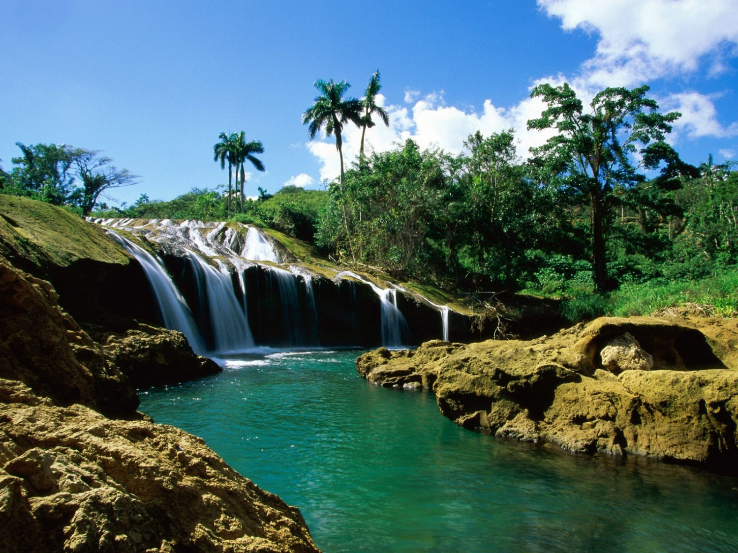 Adventure tourism in Panama: Nature in all it its splendor