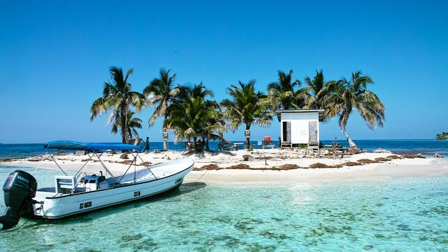 Belize tourism: beaches, sun and much more