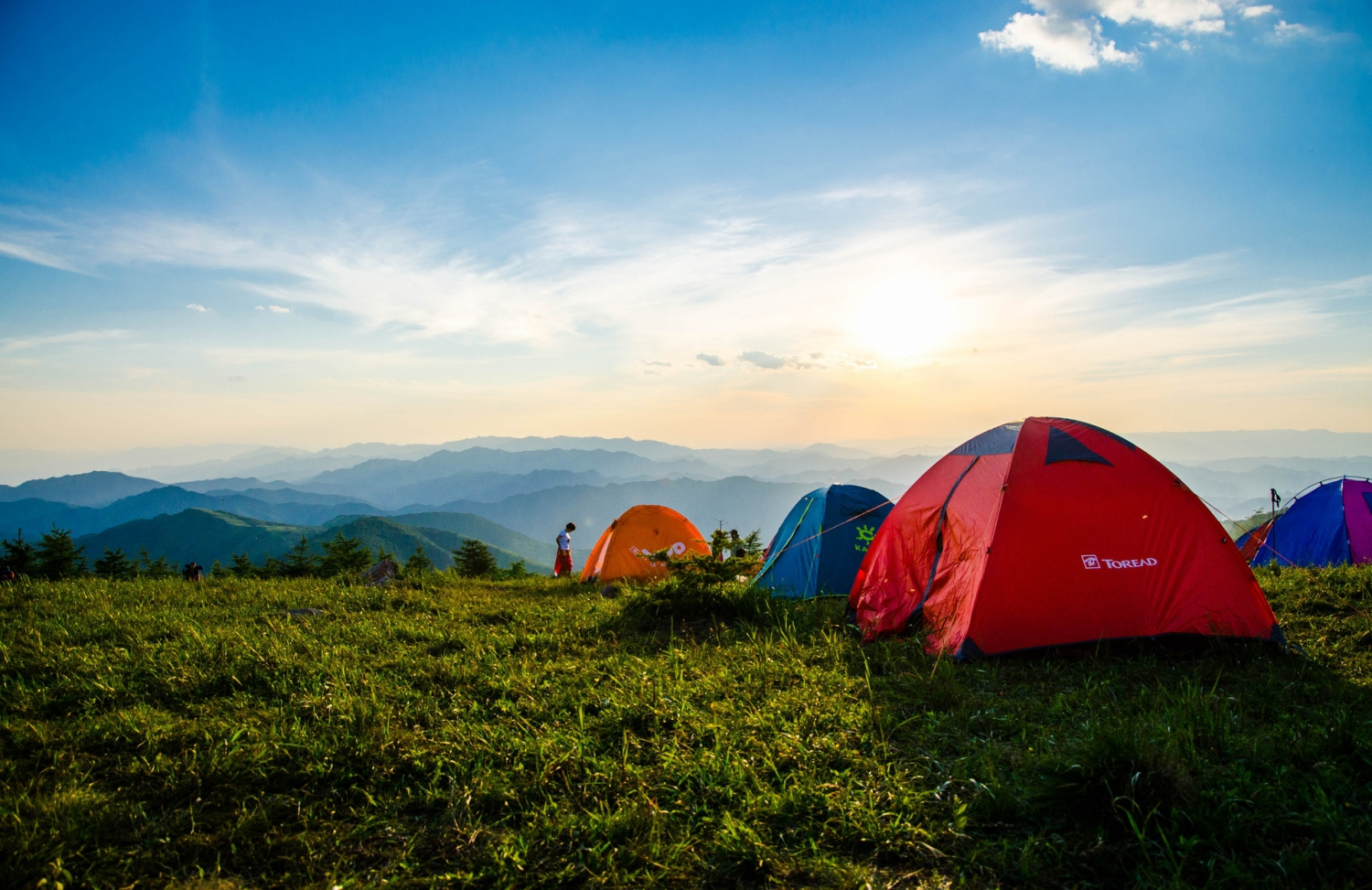 Camping Essentials - Items To Pack For Your Camping Trip