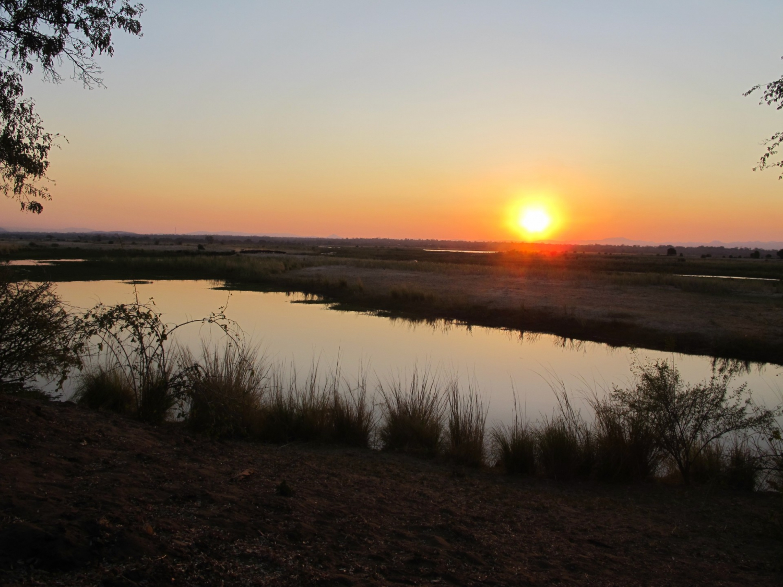 Chirundu Escapades - Zambezi Valley Safaris Famil Trip