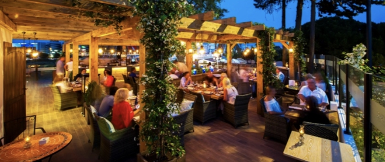 Oak Garden and Grill Ready for Summer