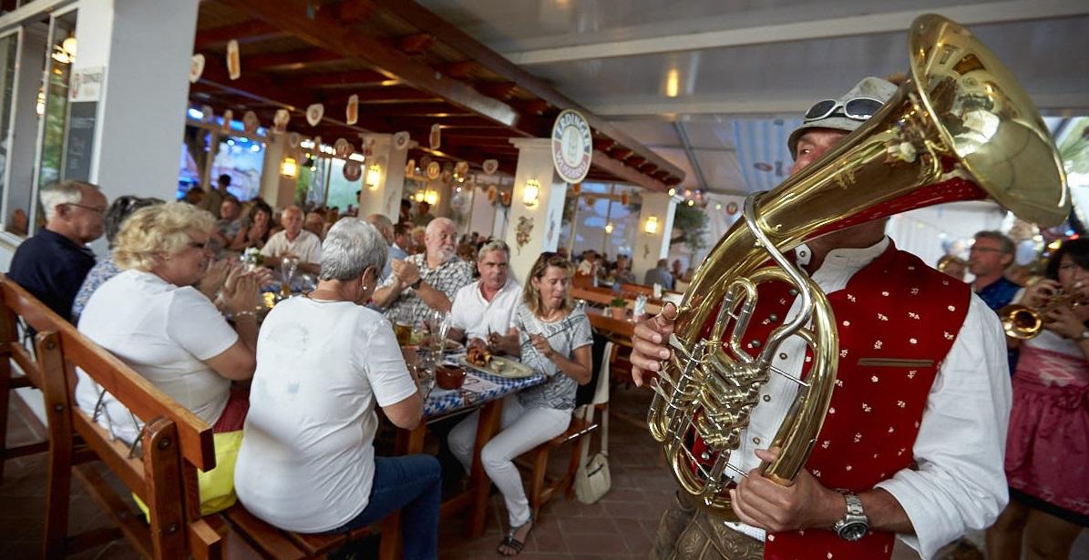 Oktoberfest in the Algarve at VILA VITA Parc Biergarten