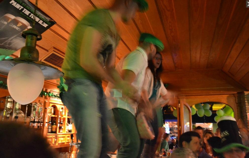 Top 10 Irish Bars in Algarve