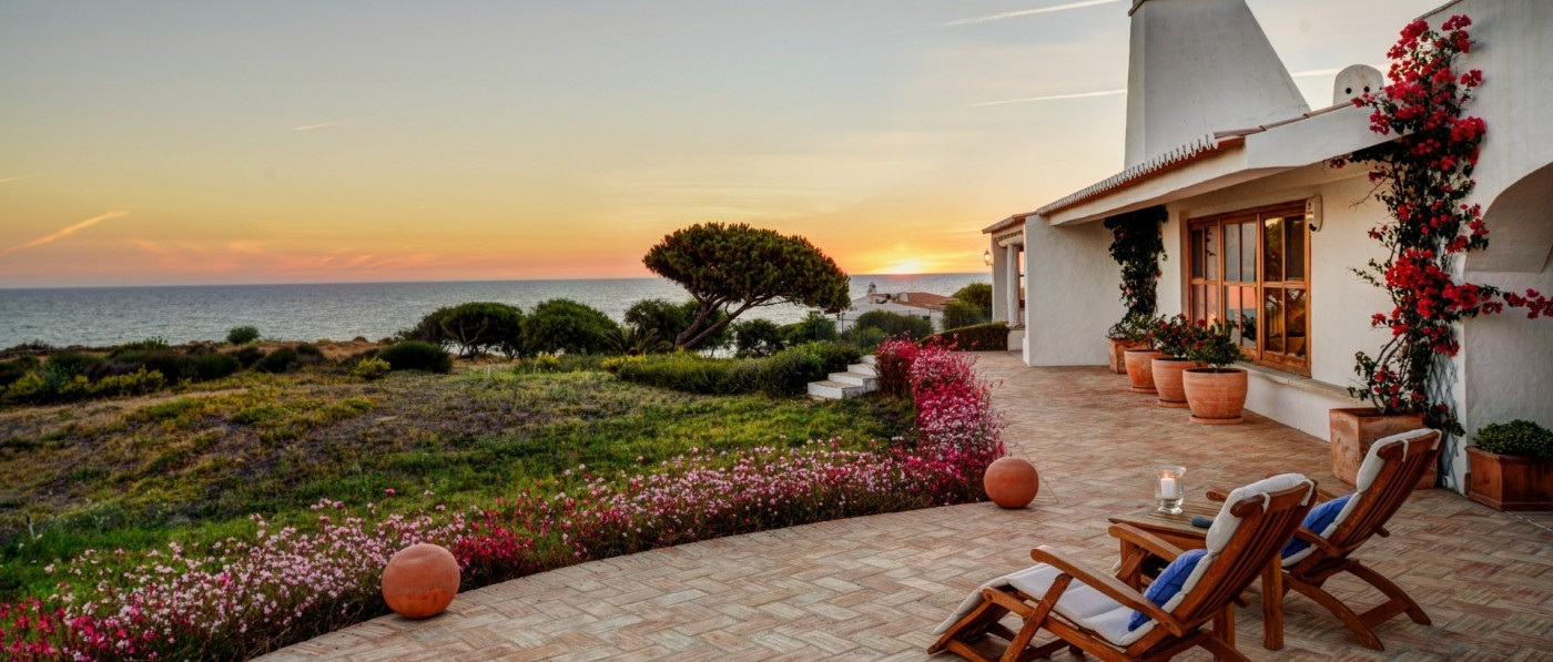Top Tips for Buying and Selling Algarve Property