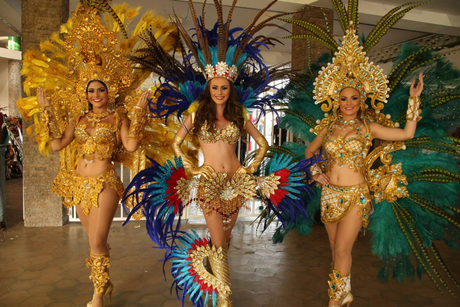 Valerie Falcon was elected Queen of the Carnival Panama