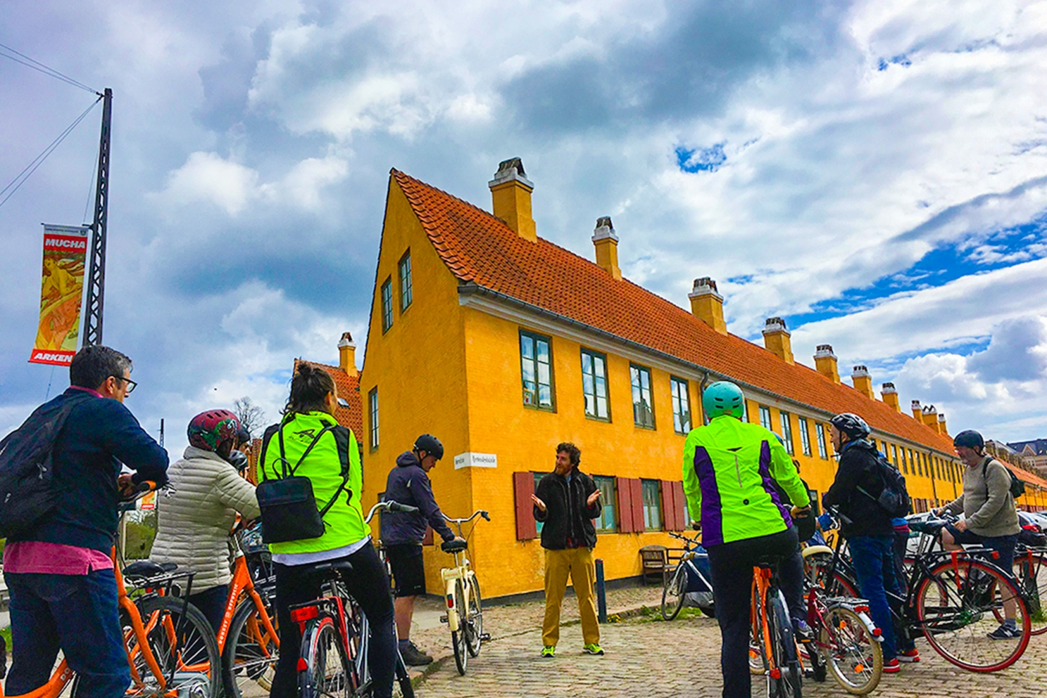 3 Hour Bike Tour with Guide