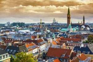 Copenhagen: City Highlights and Canal Cruise Private Tour