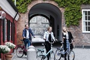 Copenhagen: Discover Copenhagen on a 2-hour Bike Tour