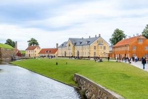 Copenhagen: Roskilde, Frederiksborg & Kronborg Day Tour
