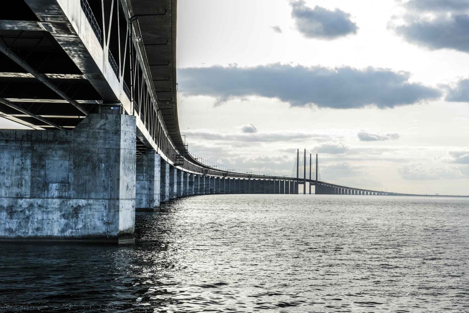Experience Denmark and Sweden on a 6-Hour Malmö Tour