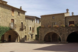 Catalonia Medieval Villages Day Tour from Barcelona
