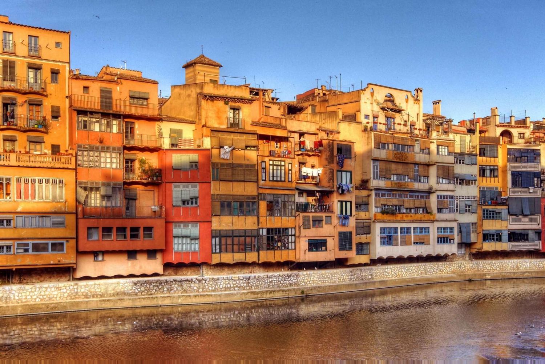 From Barcelona: Full-Day Private Girona & Costa Brava