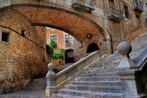 From Barcelona: Private Medieval Girona Half-Day Tour