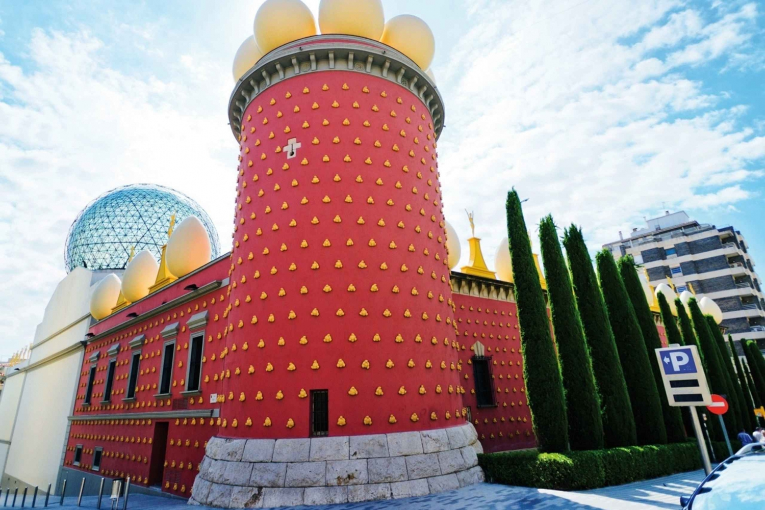 Private Girona and Dali Museum Full-Day Tour from Barcelona