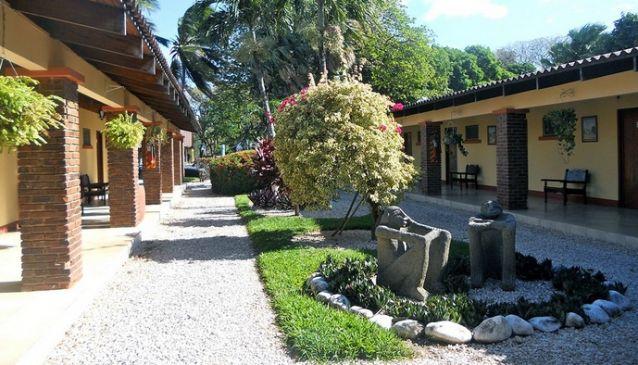 Best Western Las Espuelas Hotel