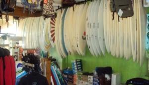 Chucks WOW Surf