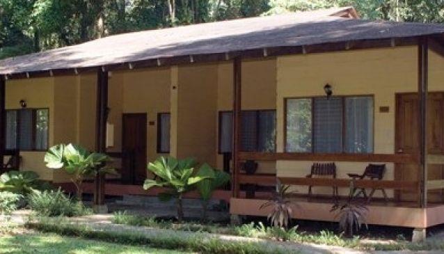 Colon Caribe Resort