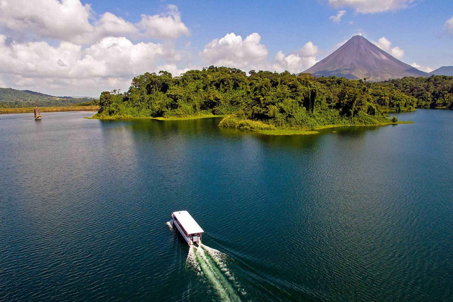 From La Fortuna: Arenal Lake Boat Transfer to Monteverde