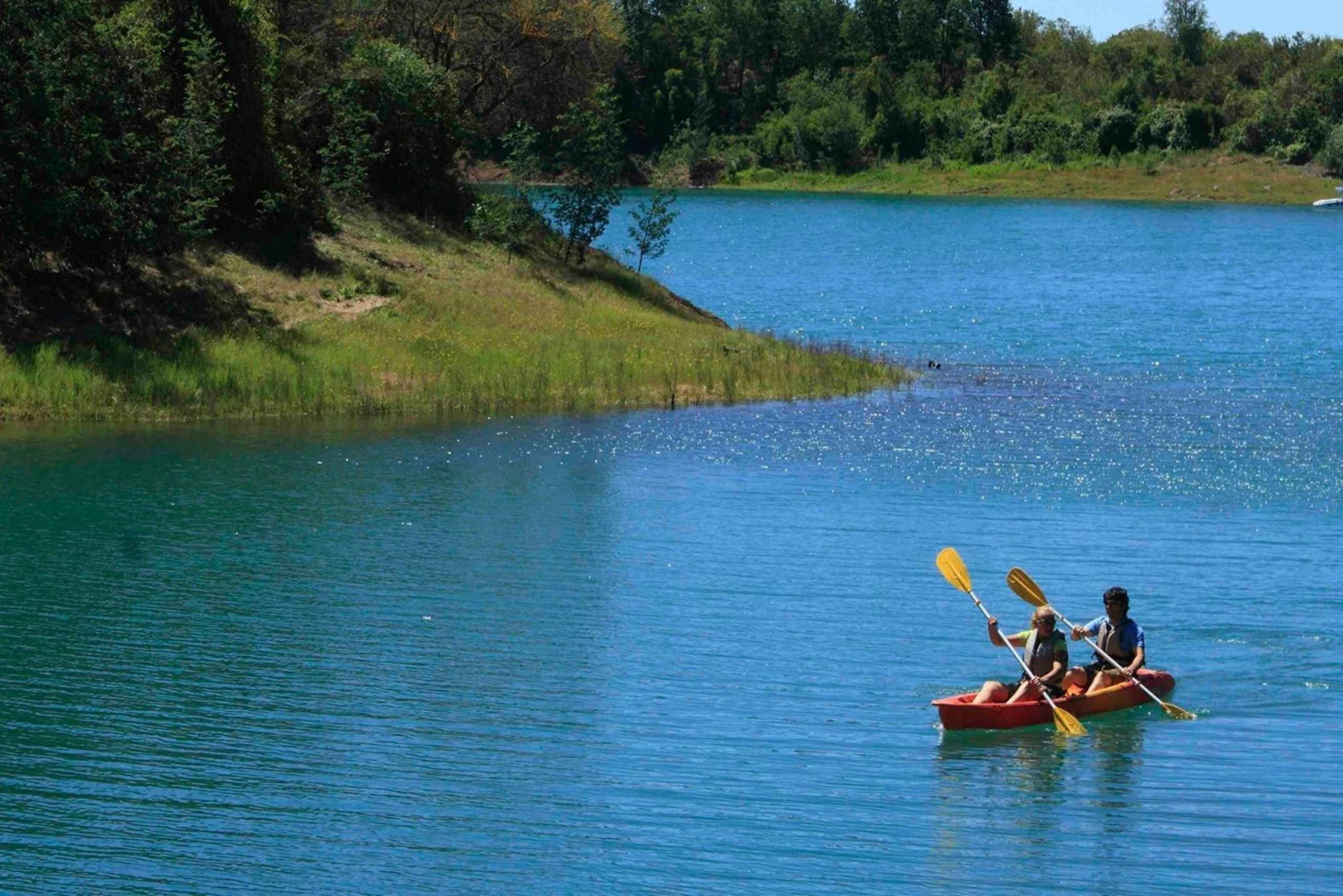 Full-Day with Kayak and Hike in La Laguna de Friajanes