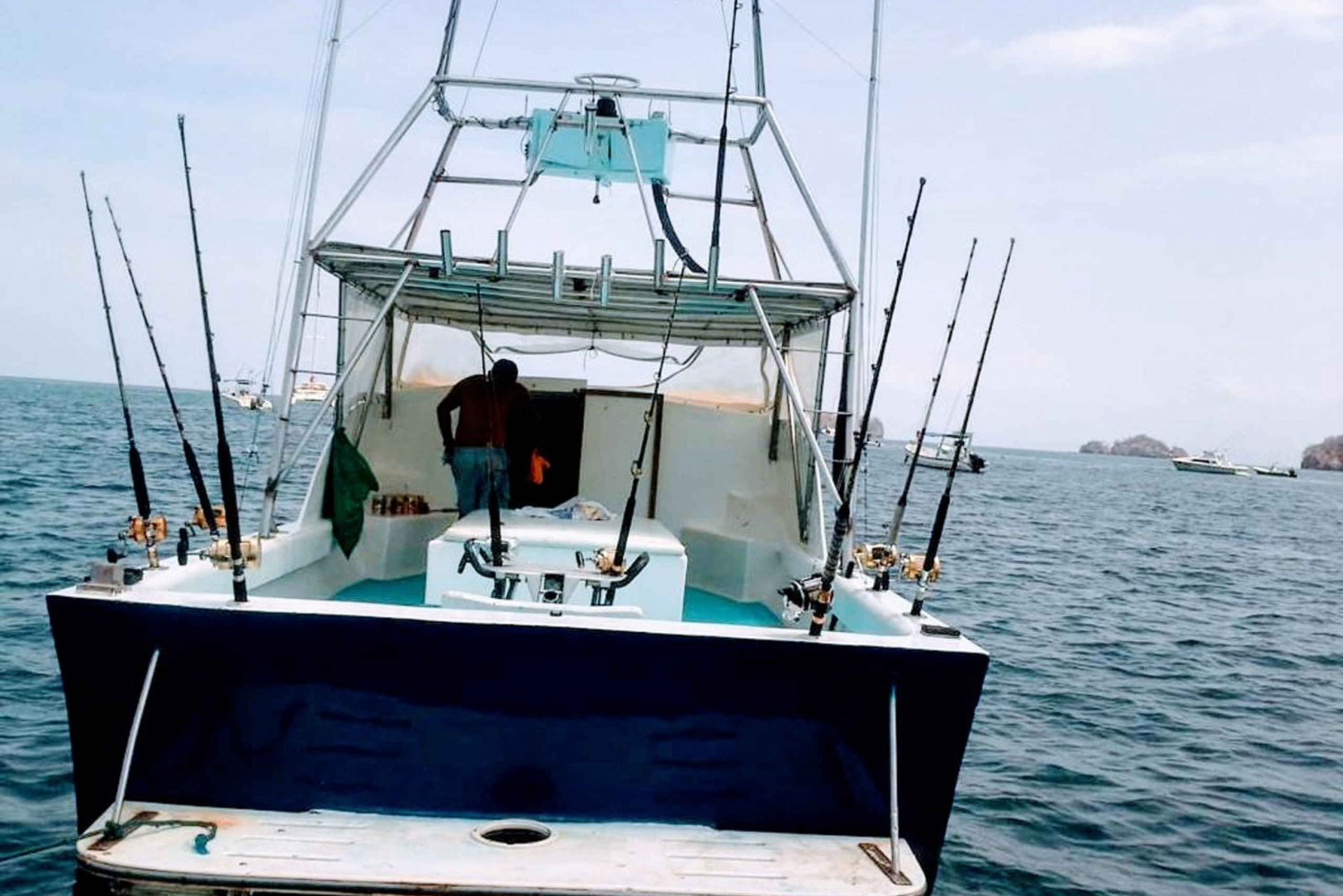 Guanacaste: Coco Beach Full Day Offshore Sport Fishing