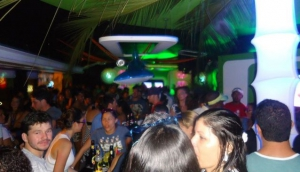 Musik Bar & Lounge