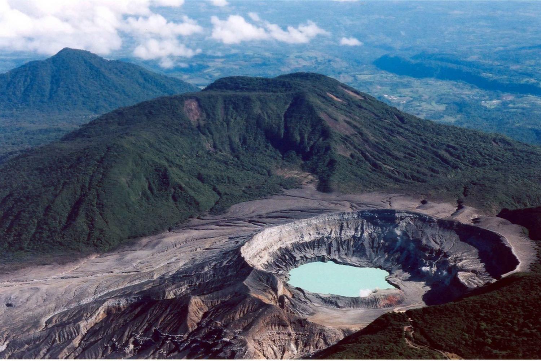 Poas Volcano & La Paz Waterfalls: Day Tour from San Jose