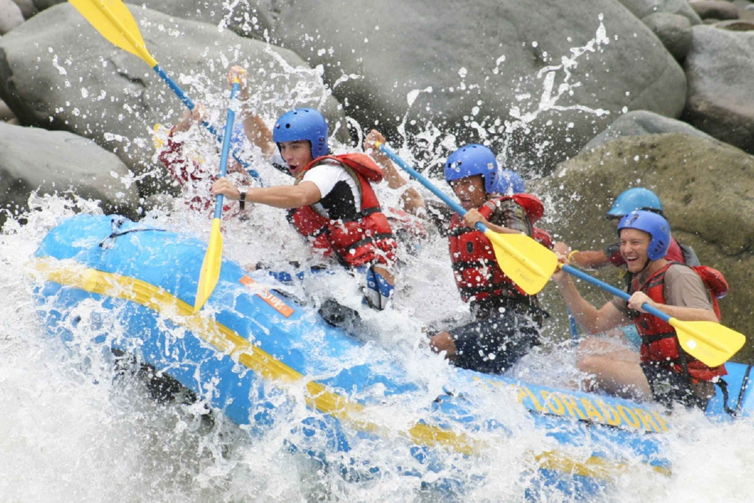 San Jose Pacuare White Water Rafting Full-Day Class III-IV