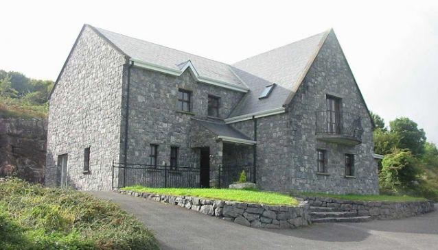 Clare's Rock Hostel