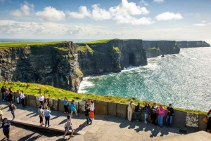From Dublin: 3-Day Self-Drive Galway Tour with Accommodation