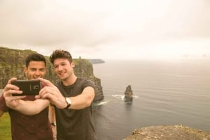 Galway, Cliffs of Moher & Connemara: 2-Day Combo Tour