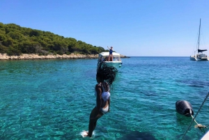 Brač: Blue Cave Island Hopping Deluxe Tour