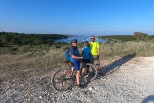 Cape Kamenjak: Relaxing Sunset Tour on E-Bike or Bike