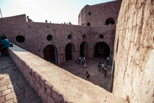 Dubrovnik: 2-Hour Game of Thrones Walking Tour & Photo