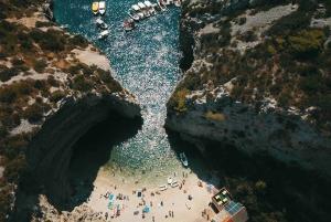 Hvar: Private Blue Cave and Vis Speedboat Tour