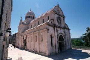 Krka Waterfalls and Wine Tasting Tour from Split or Trogir