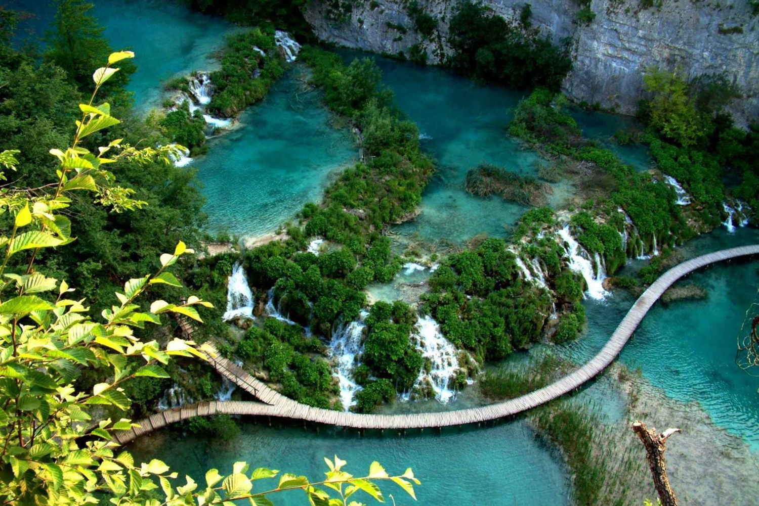 Plitvice Lakes Day Tour from Split or Trogir
