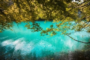 Plitvice Lakes Tour from Zagreb Including Park Tickets