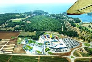 Poreč: Aquacolors Waterpark Fast-Lane Entry Ticket