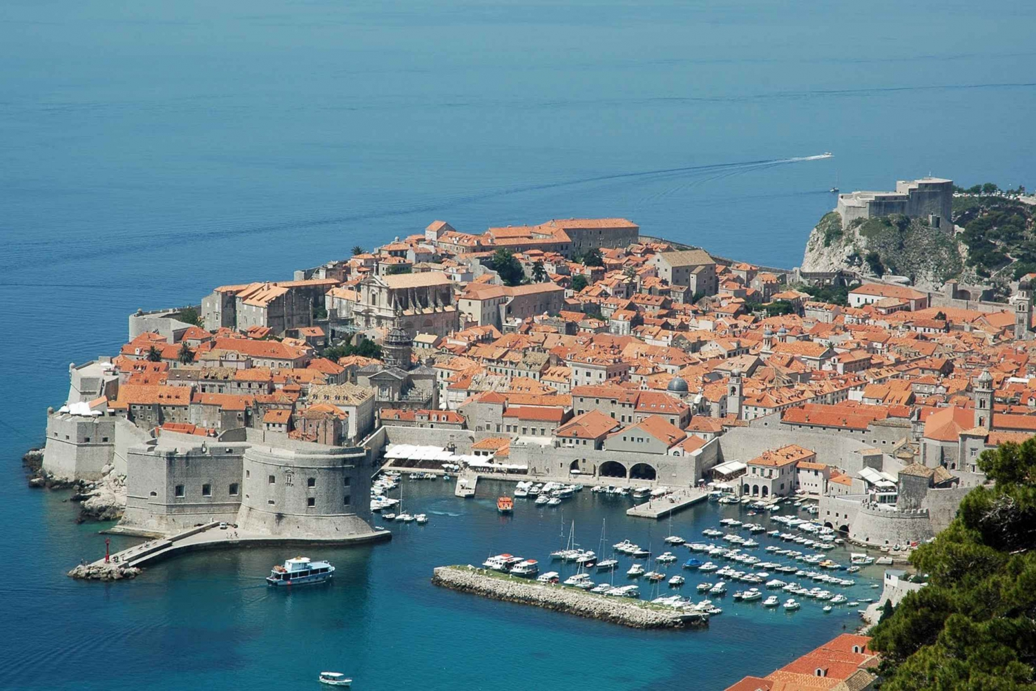 Rooftops of Dubrovnik 2-Hour Driving Tour