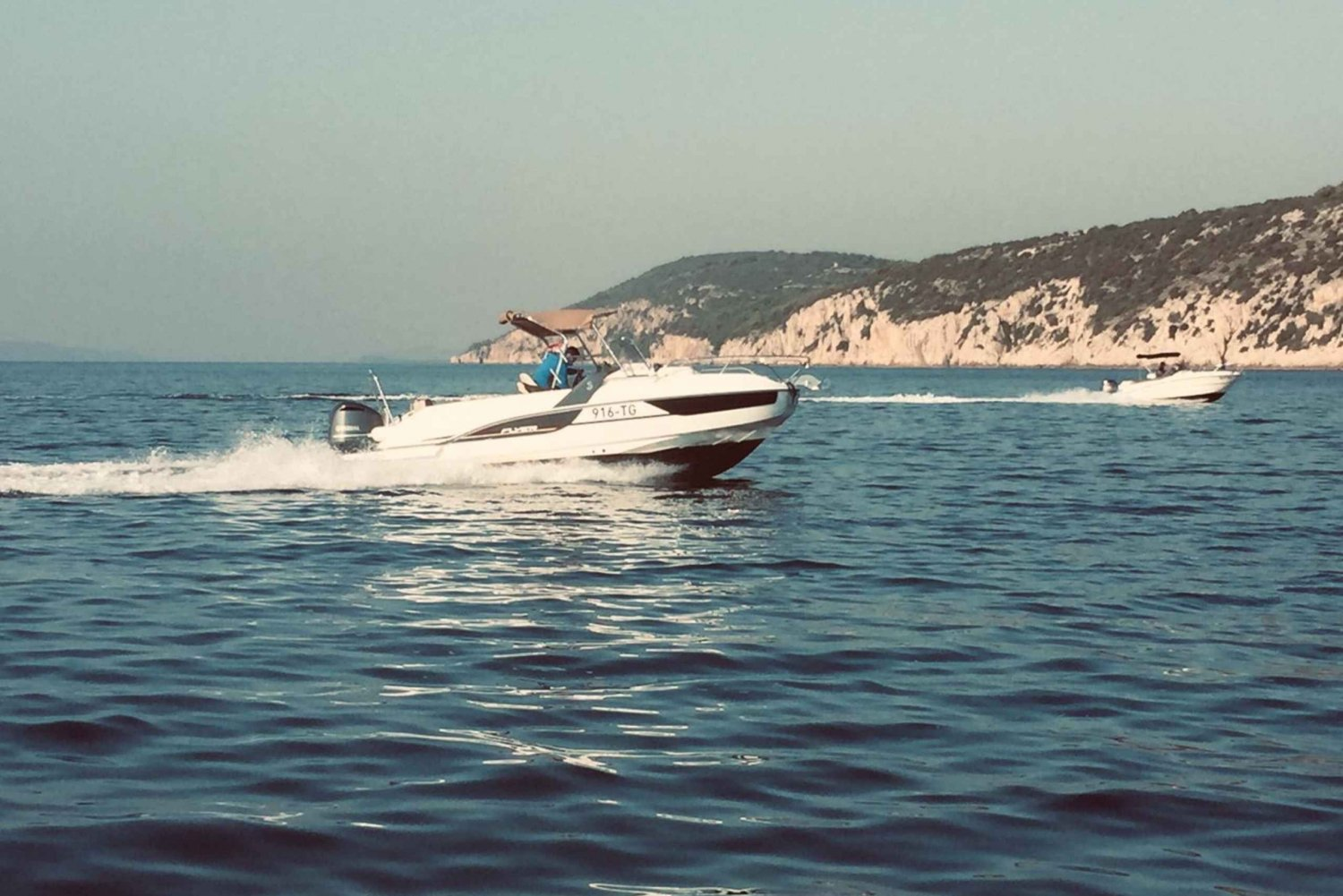 Speedboat Transfer from Hvar Town to Split Airport