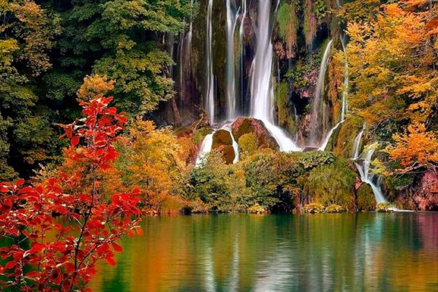 Split to Zagreb: Private Transfer with Plitvice Lakes