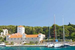 Trogir: Blue Lagoon, Solta on Private Speedboat Tour