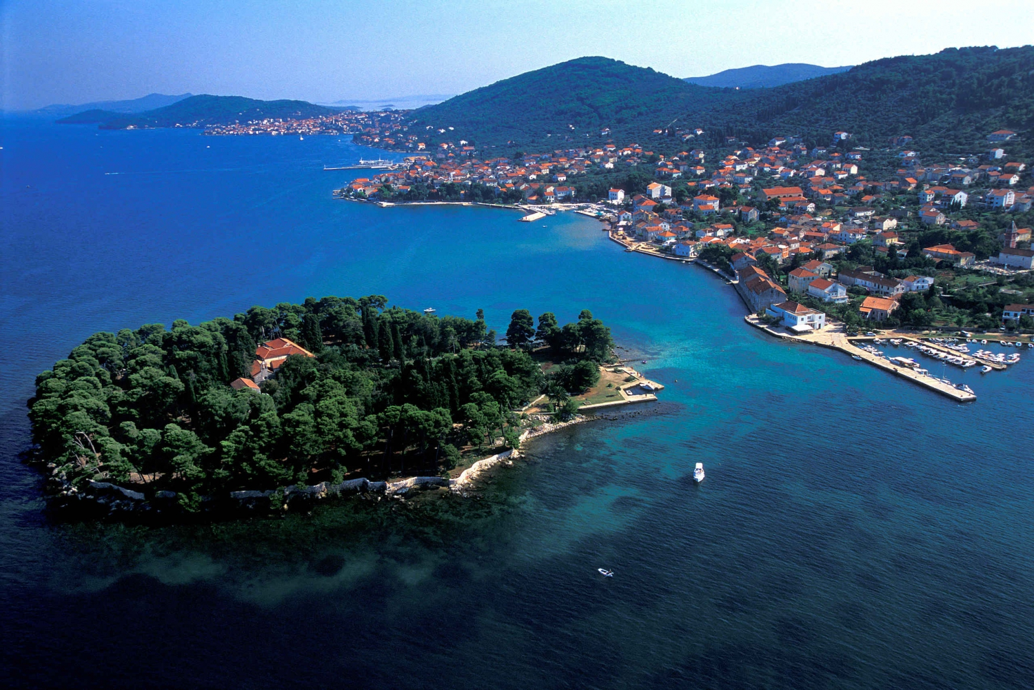 Zadar: Private Sailing Boat Trip and Basic Sailing Course